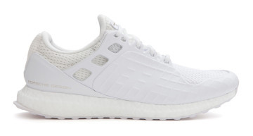 Der Triple White Ultra Boost von Porsche Design Sport by adidas