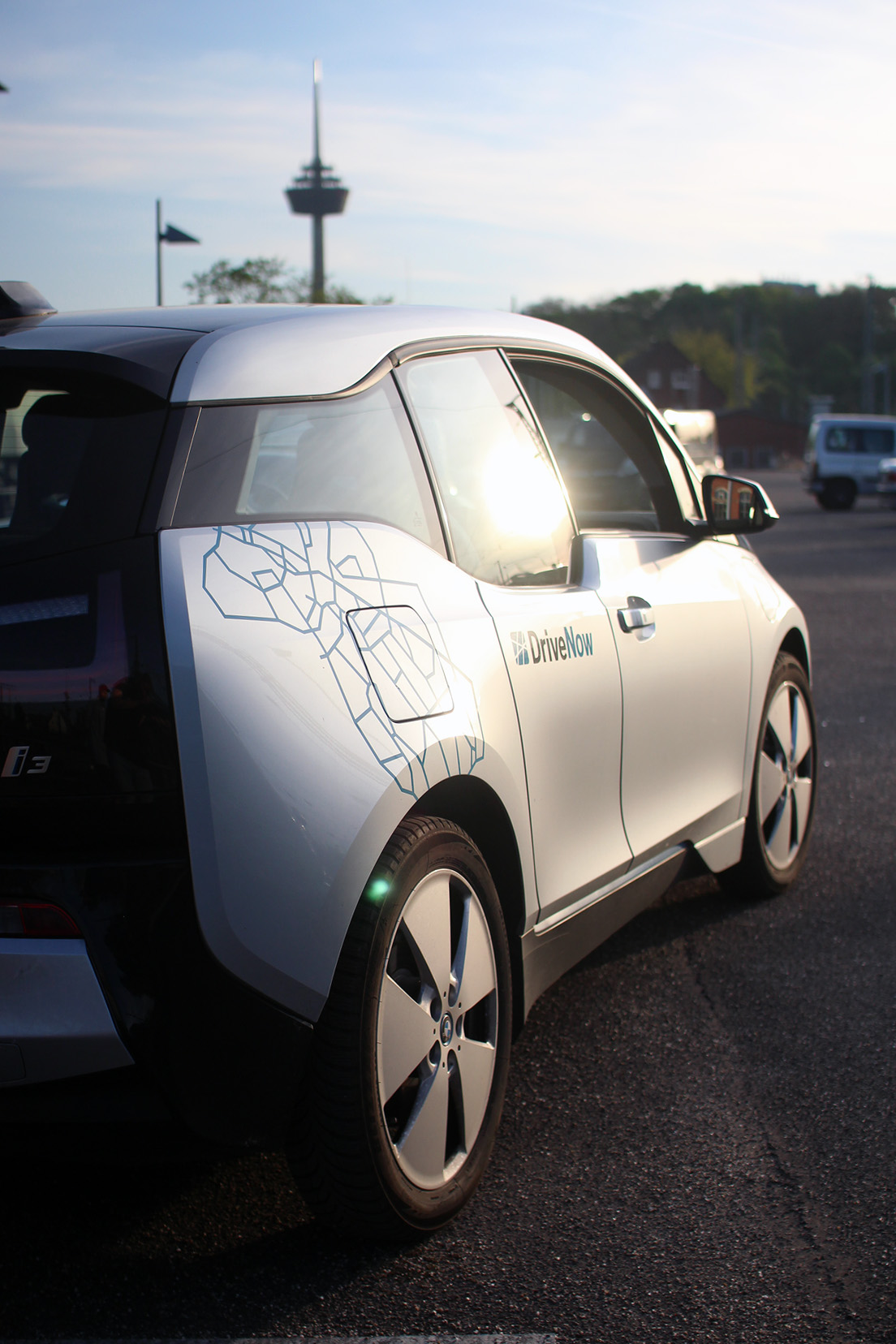 drive-now-bmw-i3-rex